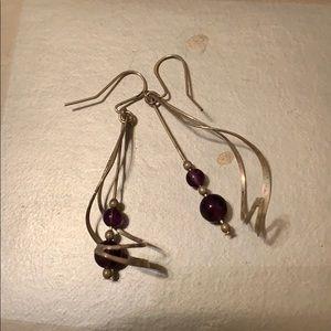 Jewelry - Silver drop earring
